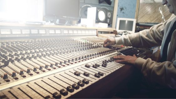 7 Career Benefits As A Recording Engineer